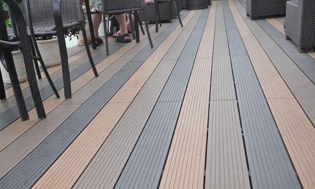 Kiểu sàn nhựa lát sàn ở quán cafe tại Tp. hcm
